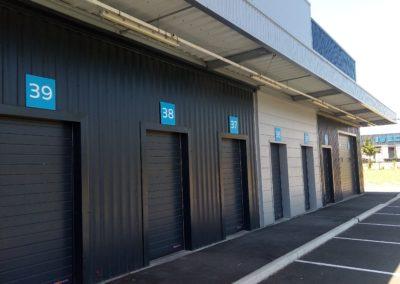 Cession – Acquisition de huit bâtiments type messagerie